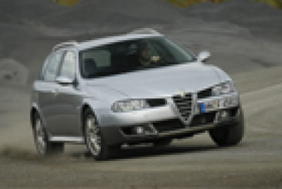 Alfa Crosswagon Q4
